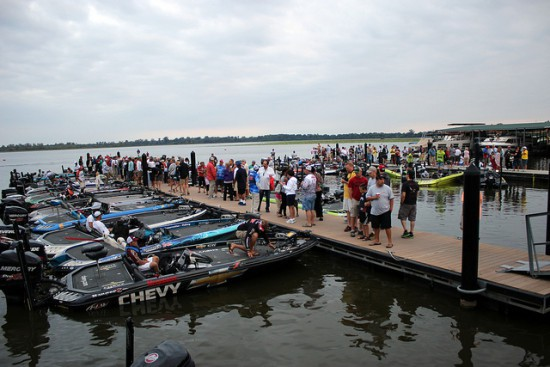 FLW Tour Serie angling competition